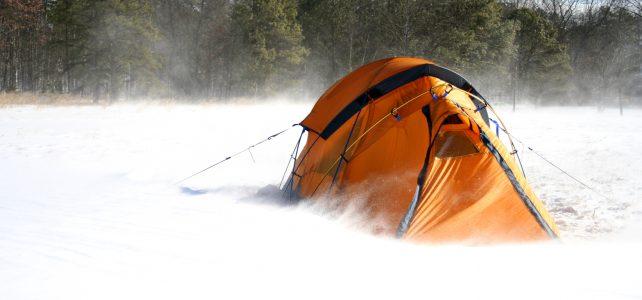 Namioty – biała alternatywa